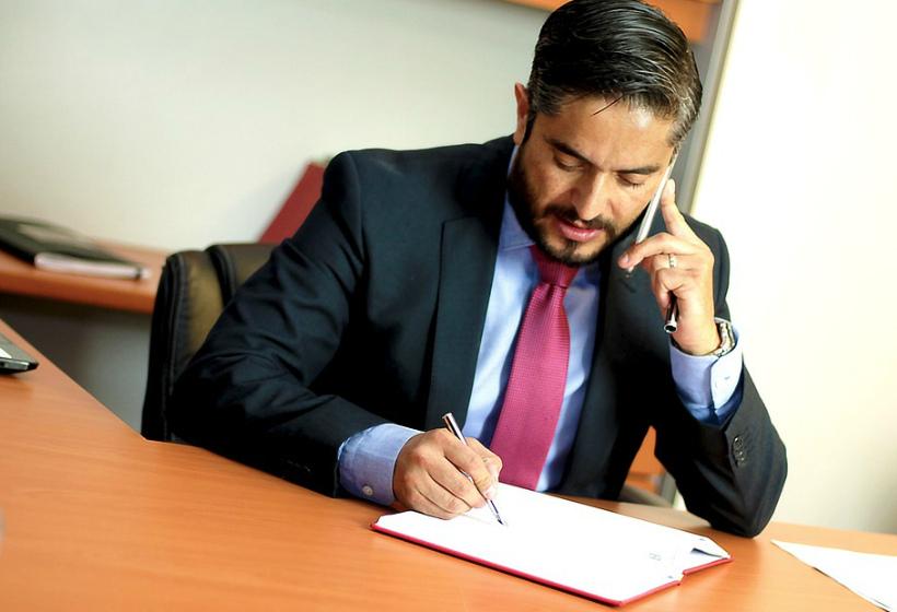 как выбрать адвоката по жилищным вопросам