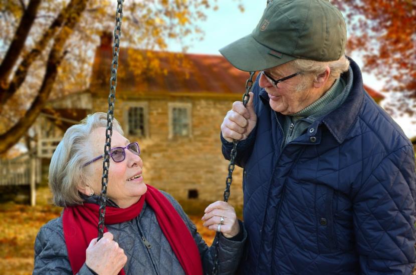 50 лет совместной жизни – выплаты супругам-долгожителям в Санкт-Петербурге, Москве и др. регионах